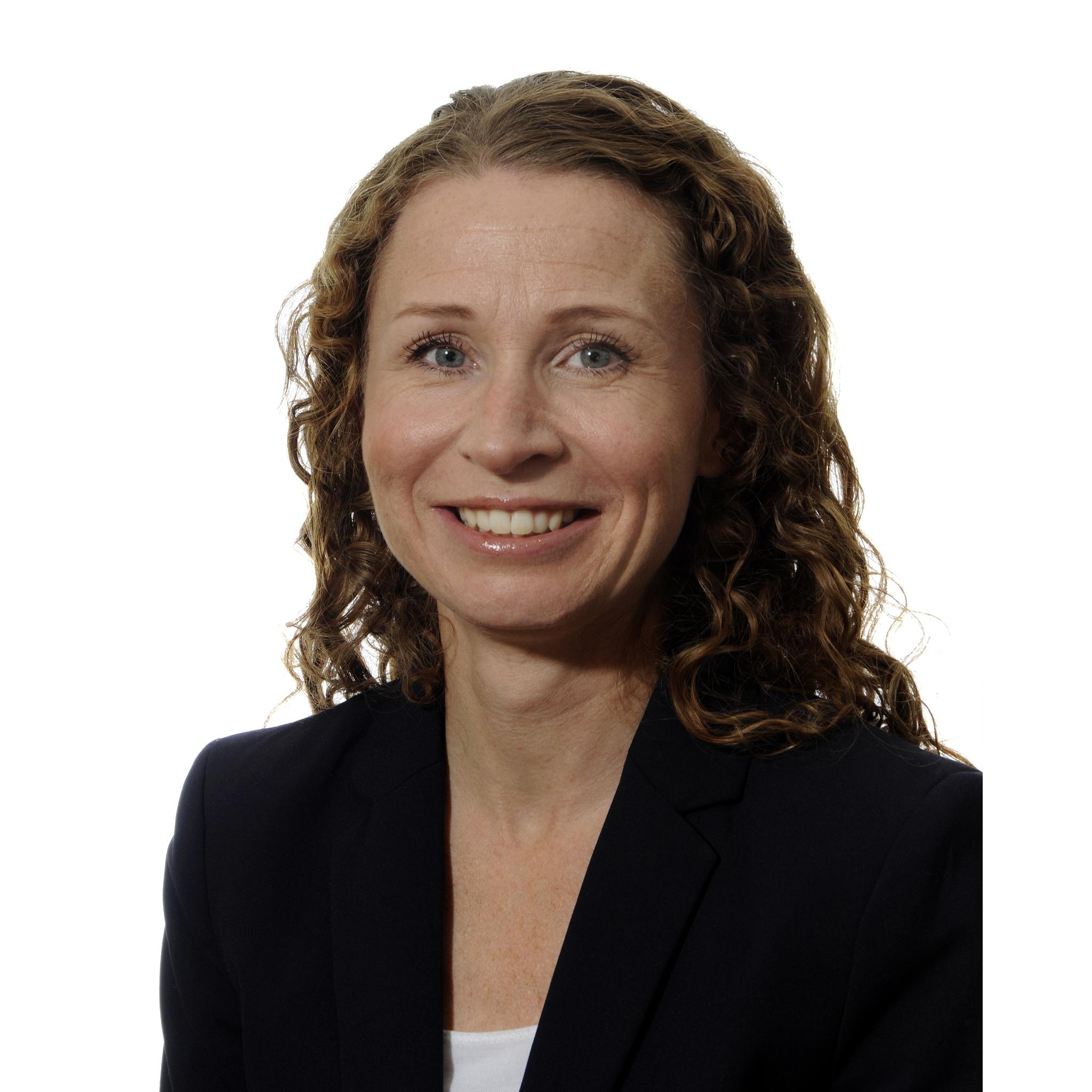 Karina B. Steen